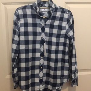NWT Vineyard Vines relaxed fit button down